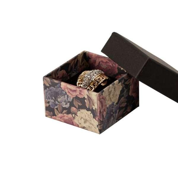 Pudełko CARLA pierścionek czarne + kwiaty